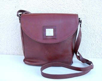 Vintage Brown Leather Saddle Bag Small Saddle Bag Cross Body Purse  Distressed Genuine Leather Shoulder Bag Hippie Boho Artisan 70s