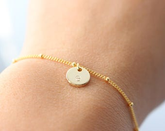 Initial Bracelet,  Hand Stamped Initial Bracelet, Gold Disc Initial Bracelet, personalized bracelet, bridesmaid gift, beaded bracelet