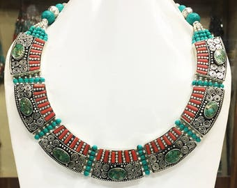 NOVN10-Modern Coral Turquoise Tribal Necklace