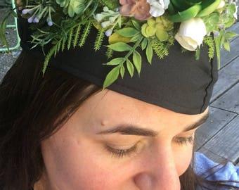 Flower Grad Cap, Graduation Cap Crown, Grad Cap Flower Crown, Floral Grad Cap, Custom Grad Cap, Graduation Crown, Graduation Halo, Boho Grad