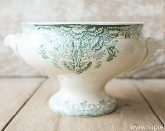 Lovely antique French white with green decor ironstone tureen by st Amand in excellent condition