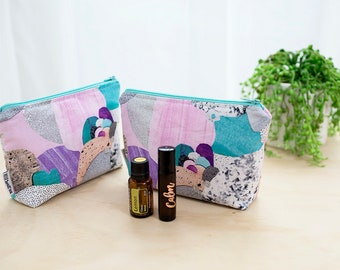 Essential oil bag. Oil pouch. Roller bottle bag. Laura Blythman fabric. Oil storage. Essential oil travel bag. Silver glitter zipper pouch