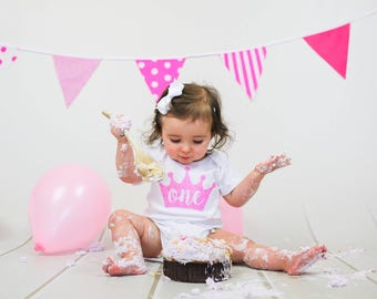 1st/2nd/3rd Crown Bodysuit / T-Shirt in Glitter or matte for cake smash or party outfit