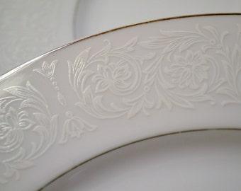 Vintage Carlton Plymouth 303 Round Platter Chop Plate White on White Replacement Japan PanchosPorch