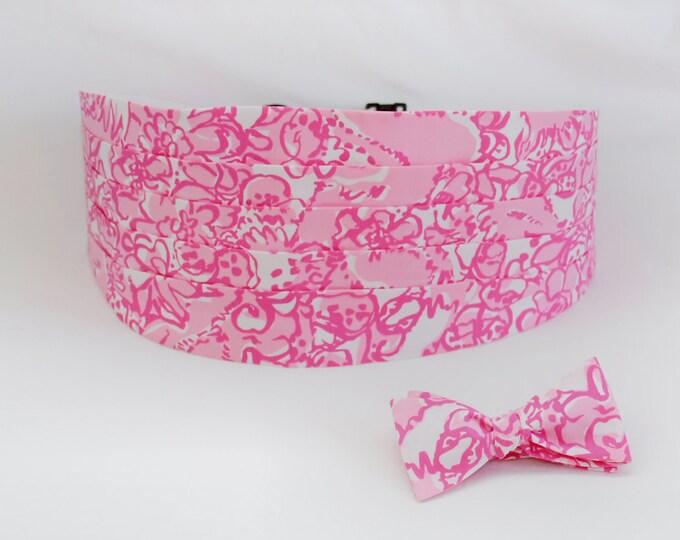 Cummerbund & Bow Tie, pink She's A Fox Lilly print, groom/groomsmen formal wear, wedding party attire, tuxedo accessory, custom cummerbund