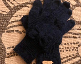 Hand-Knit Women's Gloves