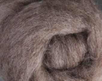 Medium Natural Corriedale Wool Roving  Undyed One Ounce for Felting and Spinning