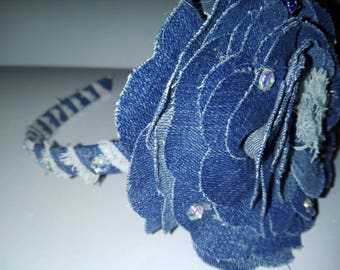 Jeans wrap with flower.