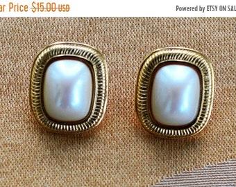"""On sale Classic Vintage Faux Pearl, Gold tone Pierced Earrings, """"Richelieu"""" (AK4)"""