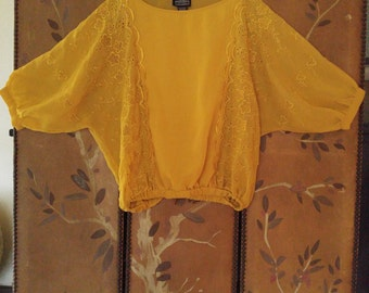 90s yellow eyelet embroidered blouse by Angie