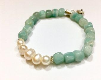 Womens Bracelet Aqua Amazonite Bracelet Pearl Bracelet Gift for Mom Gift for Daughter Gift for Teen Girl Freshwater Pearl Gift Under 25