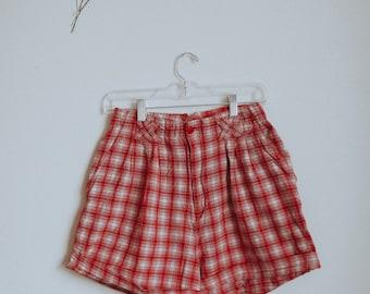Picnic Highwaisted Shorts