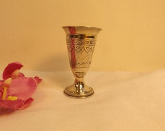 Sterling Mediterranian style small etched goblet Kiddush.  Marked: 84 and logo .Marked  also on the lower circle with 2 logo . 21.88 g.