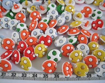 30pcs of Soccer Button in Mixed Color