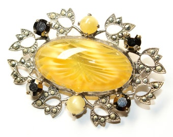 Sparkly Yellow Glass, Sparkly Marcasite, Sparkly Yellow Rhinestone Diamante Silver Coloured Vintage Floral Brooch (c1960s)