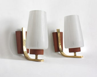 Pair of 1960s teak wall lights. Midcentury modern Danish design wall sconces