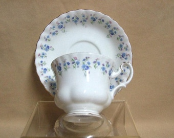 Royal Albert Memory Lane Tea Cup and Saucer