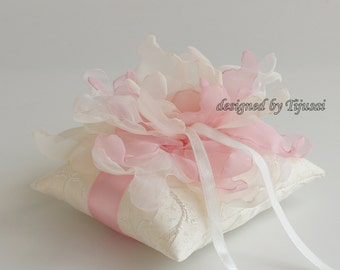 Ivory  Wedding ring pillow with pink/cream/ivory curly flower---ring bearer pillow, wedding rings pillow , wedding pillow