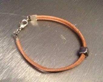 More Pearl beige leather bracelet