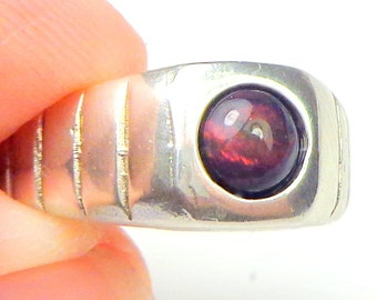 Sz 9, Black Welo Opal, Men's Ring,Ethiopian Opal Ring,Red Fire,Natural Gemstone,Red,Orange,Color Play Opal Ring