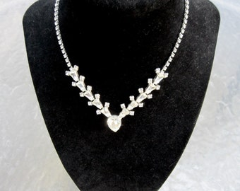 Vintage signed Wiesner clear rhinestone necklace - estate jewelry in excellent condition