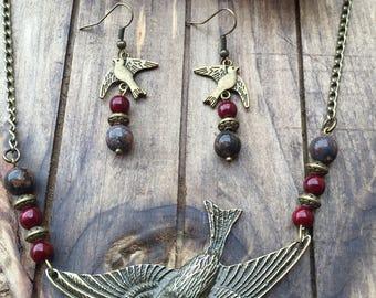 Free bird necklace set