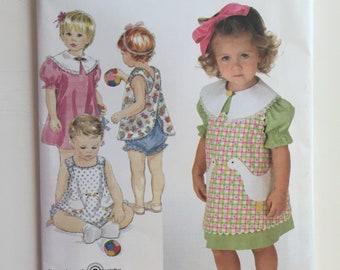 Simplicity 4304 sz A 1/2, 1,2,3,4 Easy to Sew Toddler's Dress Pinafore or Top & Panties