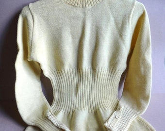 Cream Vintage 1940s 1950s Wool Sweater Women Ribbed Waist Long Sleeved Size Small S