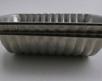 Vintage Molds, Aluminum Segmented Molds, Quick Bread, Aspic, Jello, Ice Cream Molds, Rehruecken Almond Cake Molds, 2 Pieces