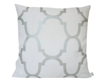 White and Silver Geometric Riad Pearl Pillow Cover