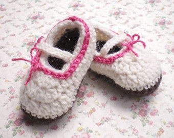 Crocheted Newborn  MaryJanes  Ivory w Brown Sole  0 3 mo