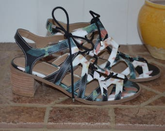 Free shipping!  Laced Sandals multicolor leather 90 6.5 - 7 US
