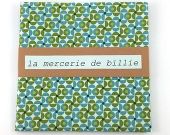 Cut of fabric 50 x 50 cm cotton green and blue graphic pattern