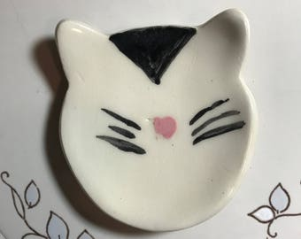 Ceramic Cat bowl, Cat Jewelry Dish, Kitty Spoon Rest, Cat Coin dish, Cat Tea Light Holder, Cat trinket Dish, Valentine gift, tiny cat dish.