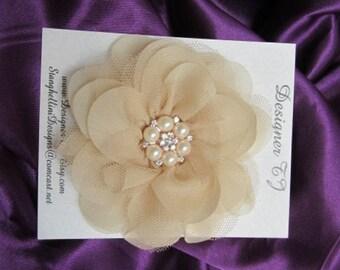 Flower Hair clip, Champagne Flower Hair clip, Champagne Hair Flower, Champagne Flower Hair clip with Rhinestone and Pearl Center