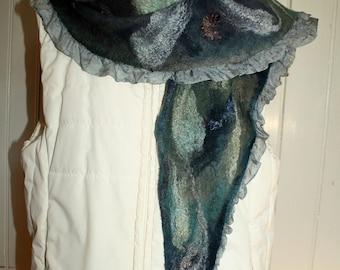 'Aquarius' Nuno felt scarf