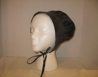 Ladies' square fronted bonnet in Charcoal Grey
