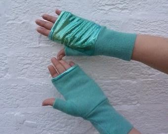 Eco-friendly accessories Green wool gloves fingerless mittens Bright handwarmers cosplay ladies medium costume gloves soft texter mitts.