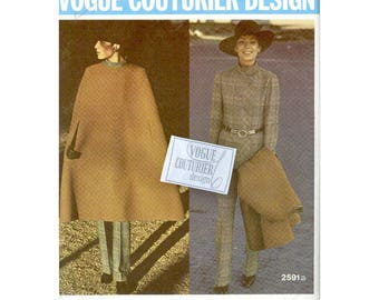 Reversible Cape Pattern / Early 1970s Vintage Vogue Couturier Sewing Pattern / Fabiani Designer / Pantsuit Pattern / Sew In Tag / Size 14