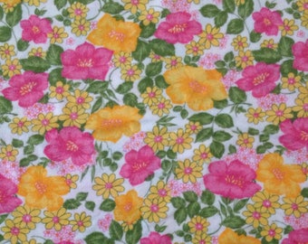 vintage fabric 1M retro floral vintage large remnant bed sheet UK seller