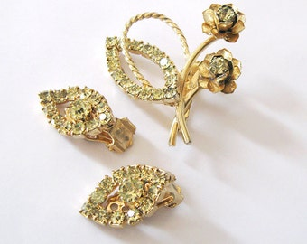 Jonquil Yellow Rhinestone Demi Parure, Flower Brooch and Leaf Earrings Set, Mid Century Vintage Jewelry