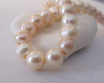 8-9mm Half Strand Large Hole Potato Natural Light Peach Freshwater Pearl Beads 2.2mm Hole,Genuine Natural Peach Freshwater Pearls (LHPH-086)