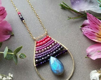 Labradorite Beaded Teardrop Necklace in Gold >> Blue Labradorite Gemstone with Pink to Purple Ombre in a Handmade Frame > Boho Luxe