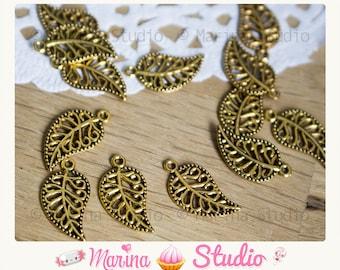 10 golden leaf charms antique 18.0 mm x 10.0 mm