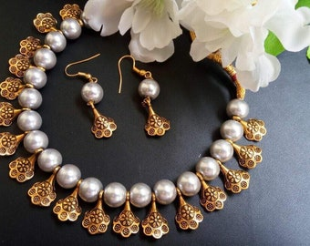 Beaded & Antique Gold Charms Necklace Set
