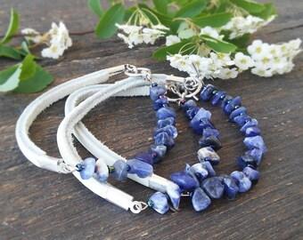 Blue White Bracelet Thin Leather bracelet with blue agate Bracelet blue agate beads Hand knotted Beaded bracelet Boho jewelry Agate bracelet