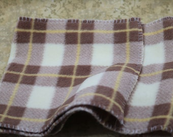 Micro Scarf -- Microfleece scarf with velcro closures