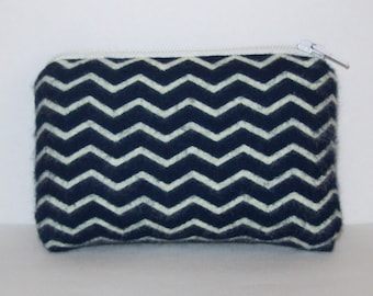 """Pipe Pouch, Padded Pipe Case, Pipe Bag, Mini Coin Purse, Navy Chevron Bag, Stoner Gift, Padded Pouch, Cute Padded Bag, Pipe Case - 4"""" MINI"""