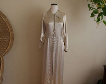Amazing vintage satin feeling gown (no tags so not sure)