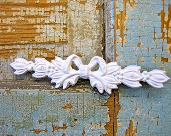 Shabby Chic Bow FURNITURE APPLIQUES   5.95 no  limit Shipping in the USA